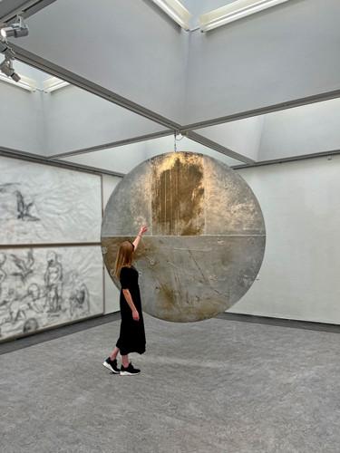 http://www.mikkelcarl.com/files/gimgs/th-133_Harvest-Moon_Randers-Kunstmuseum0000_x.jpg