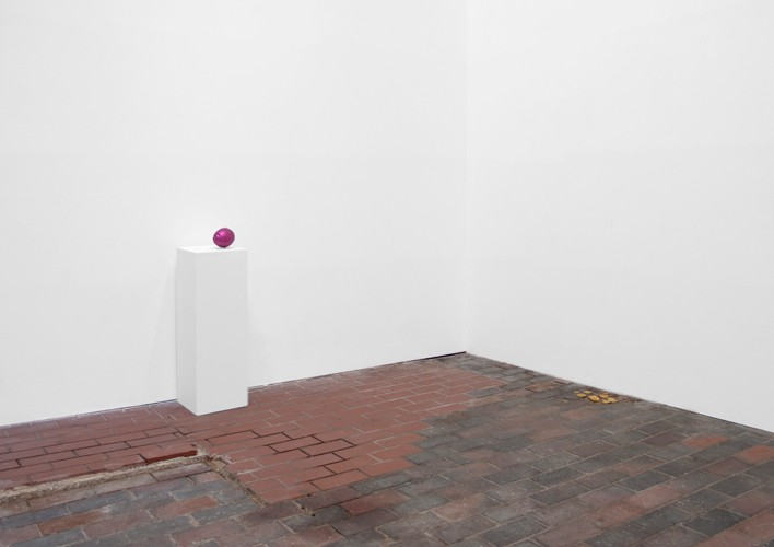 http://www.mikkelcarl.com/files/gimgs/th-28_018-Installation-view.jpg