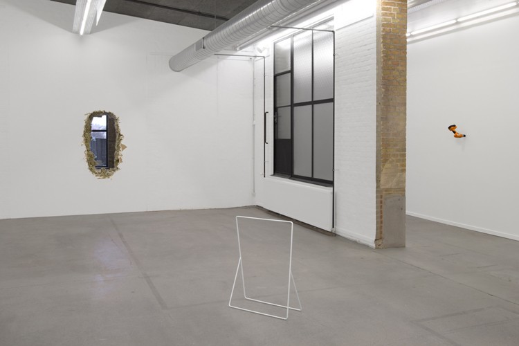 http://www.mikkelcarl.com/files/gimgs/th-89_023_installation-view.jpg